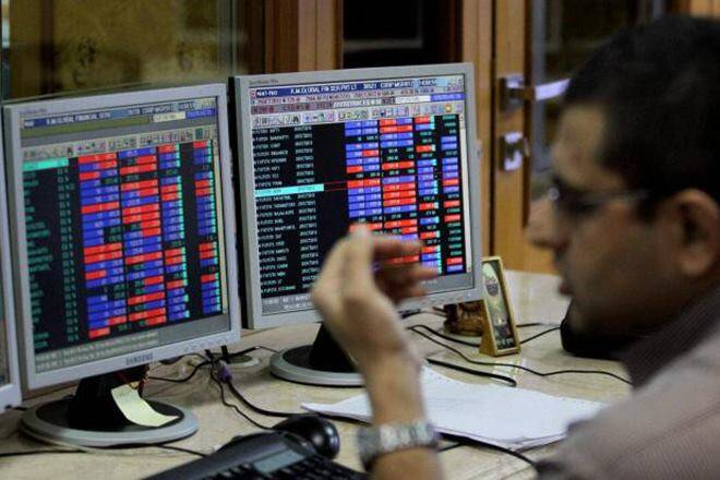 """PSB股票激增:漂亮的PSU银行指数以绿色摇摆作为鲍勃,PNB集会高达10%; SBI股价萎靡不振"