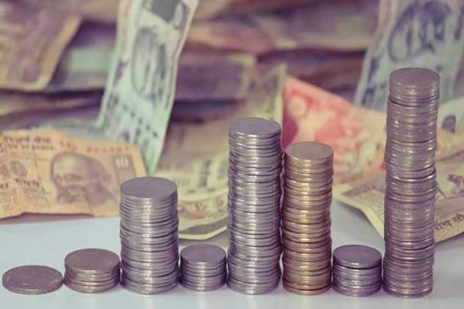 印度最不容易受到美元加强:穆迪的