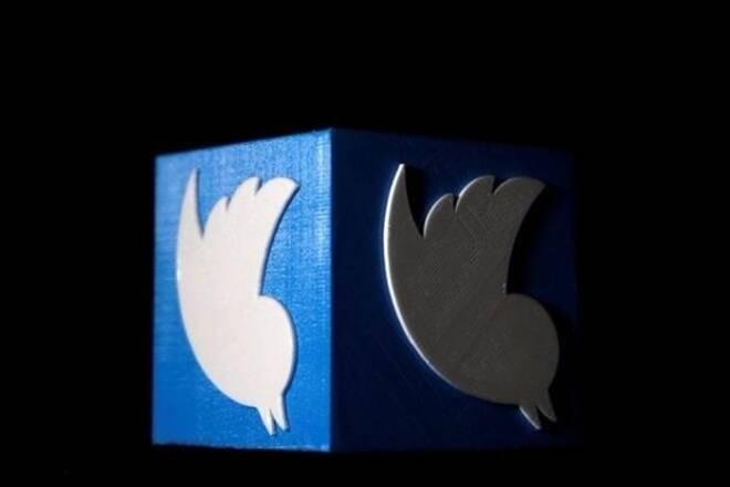 Twitter股票在标准普尔500指数上股票最差表演者;这是它的股价下降了三次