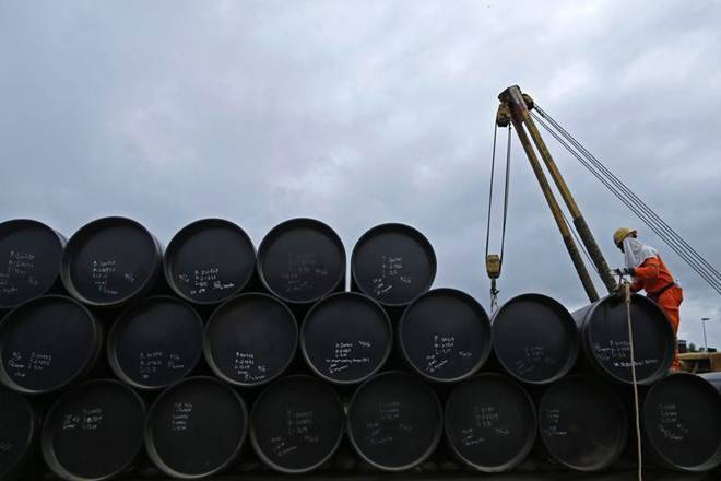 原油进口首次每月跌倒真主