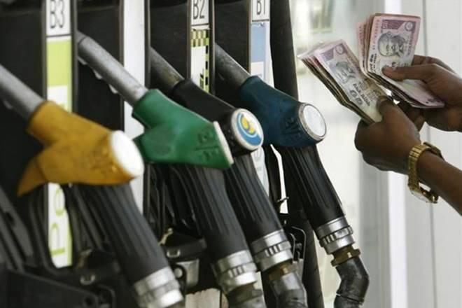 汽油价格今天:燃料价格继续上涨;茶中的汽油在德里每升70.55卢比;检查外延
