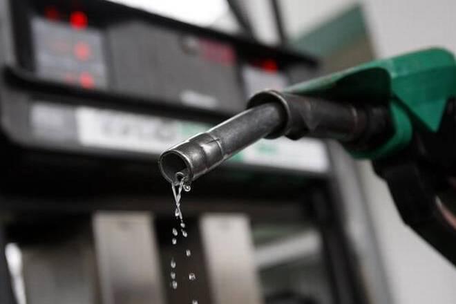 汽油,柴油价格在2天停机后略微上涨;汽油在每升68.88卢比时indelhi