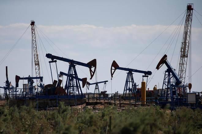 在全球股票市场之后的年度最低的油
