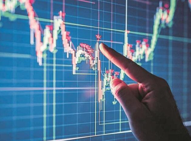 标准普尔500指数和世界股票指数因经济担忧而回落