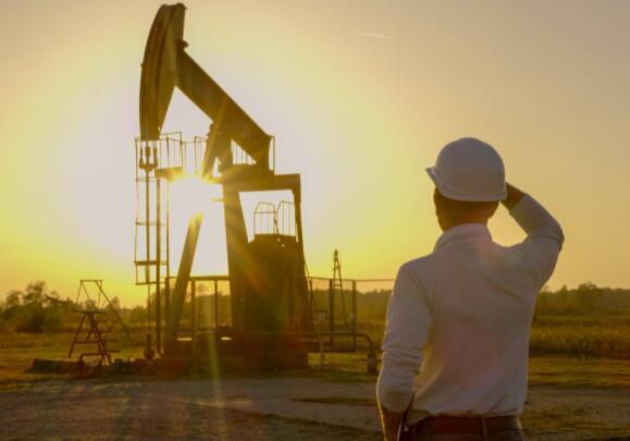 这种高收益股息贵族是投资石油繁荣的更安全方式