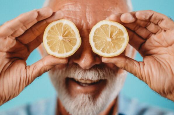 保险科技股Lemonade较其52周高点下跌了65%以上